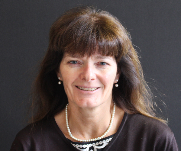<h4>Dr Tracy Eastman</h4><h6>KTU & BMJ, Head of Global Delivery</h6>